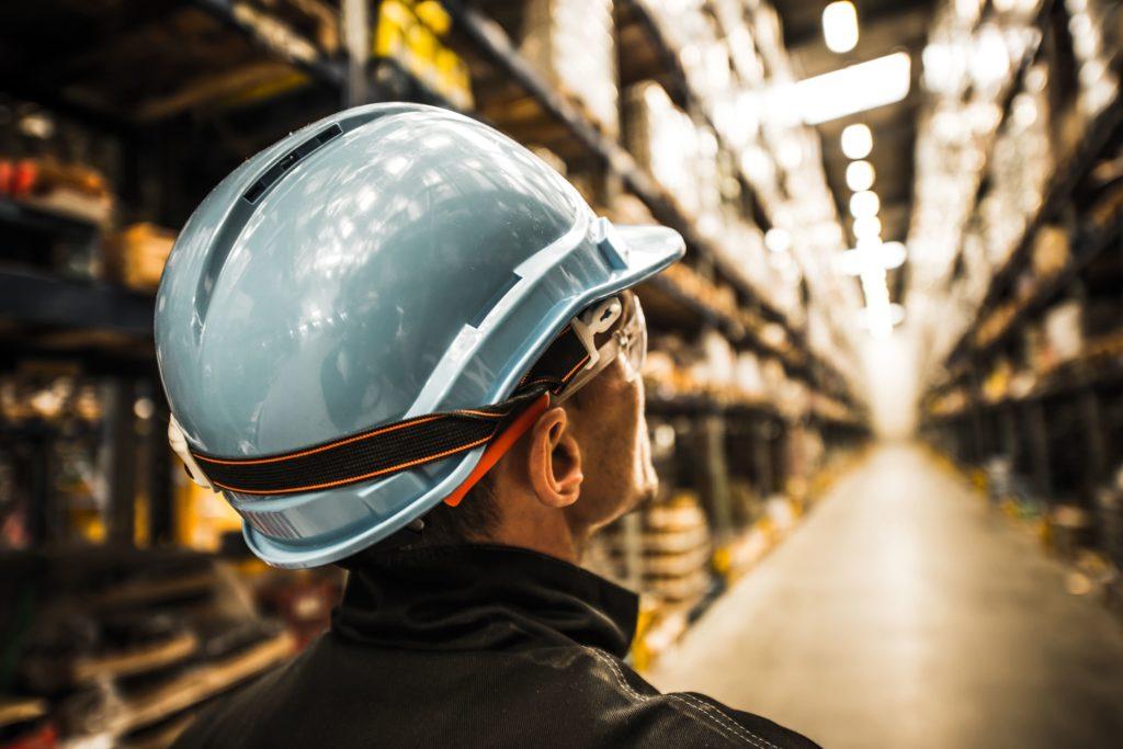 безопасность на складе