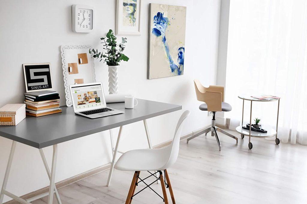 офис в жилом помещении фото